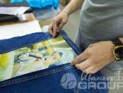 Джинсовая синяя детская куртка с изображением девочки