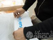 Белые футболки с логотипом «SKY ENG»