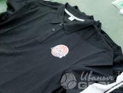 Черные футболки-поло с логотипом «ГРАНД СУШИ»