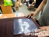 Коричневые футболки с логотипом «Шоколад»