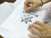 Белые футболки-поло с логотипом «DARGETT»