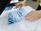 Белые толстовки с логотипом «АНТЕЙ»