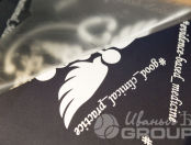 Темно-синяя футболка с логотипом «MEDICS»