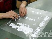 Печать надписи COMDI на свитшотах