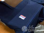 Синие толстовки с изображением «флага России»