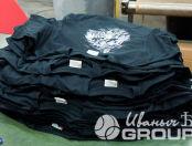 Черные футболки с принтом богатыря