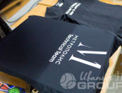 Черные женские футболки с текстом «Инфа Cleaning»