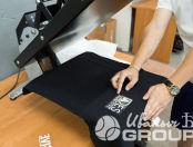 Черные футболки с логотипом «DESMASSIVE»