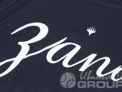 Черные футболки с надписью «ЗАПАД»