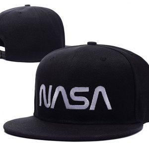 бейсболки НАТО и NASA
