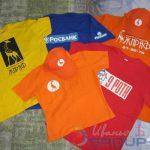 печать логотипов на футболках и бейсболках в москве