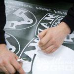 Толстовки с надписями и логотипами