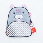Перенос логотипа «Лучше всех» на детские рюкзаки в виде кролика